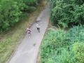 Ein Aufstieg mit dem Hubschrauber zeigt uns das noch fast geschlossene Läuferfeld.